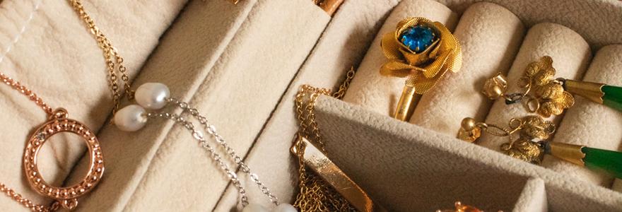 bijoux anciens d'occasion